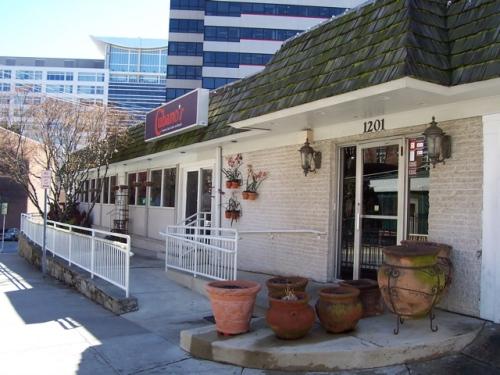 Cubanos Restaurant