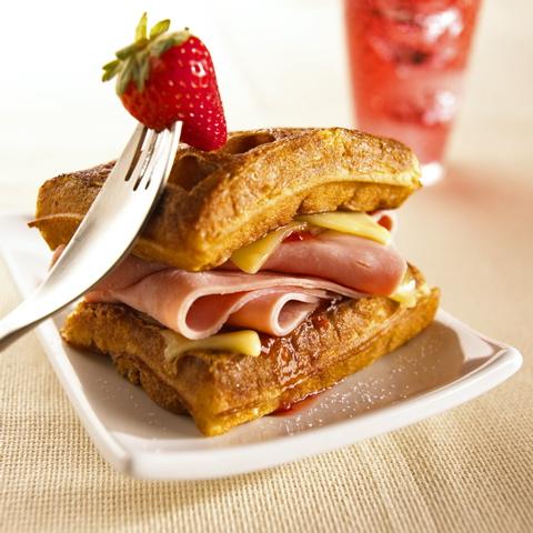 waffles-a-la-monte-cristo.jpg