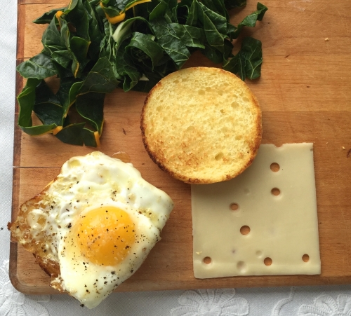 EGG, CHARD AND SWISS BREAKFAST SANDWICH - Process 2